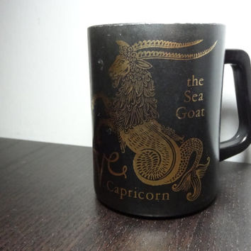 Vintage Federal Glass Black and Gold Milk Glass Capricorn Zodiac Astrological/Horoscope Sign Coffee Mug