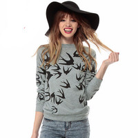 Women Swallow patterned Round Necked Sweatshirt Top a13254
