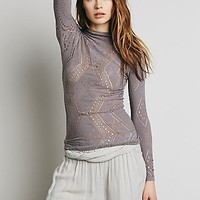 Intimately Womens Seamless Italian Turtleneck