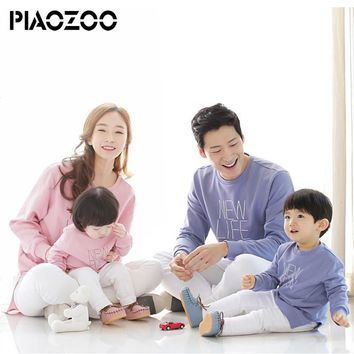 New arrival Family Matching Outfits Mom/Dad/Baby Long-Sleeve Cotton T shirts sweaters spring/ Family Clothing sets