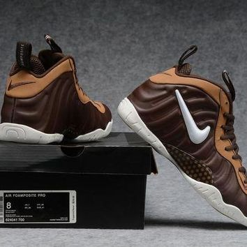 DCCKD9A Air Foamposite Pro Bronze/White Shoe