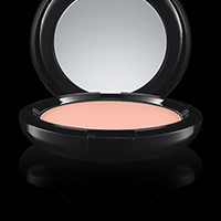 Maleficent Beauty Powder | M·A·C Cosmetics | Official Site