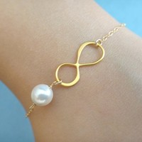 Infinity pearl bracelet, goldfilled/ sterling silver, wedding bracelet