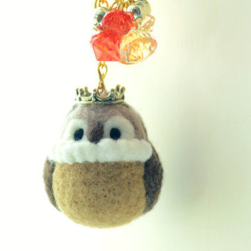 Needle felted owl bag charm, Royal Bird Collection, wool soft sculpture owl king doll / figurine, tt team