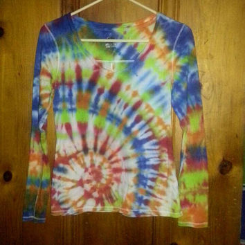 Extra small v neck cotton long sleeve side swirl tie dyes shirt multicolored blue, red, bright green, orange