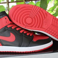 AIR JORDAN 1 RETRO HIGH OG BRED SNEAKER 36-47