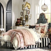 The Emily & Meritt Scallop Duvet Cover + Sham