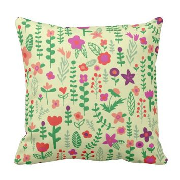 Doodle Flowers Pattern - Cream Color Throw Pillow