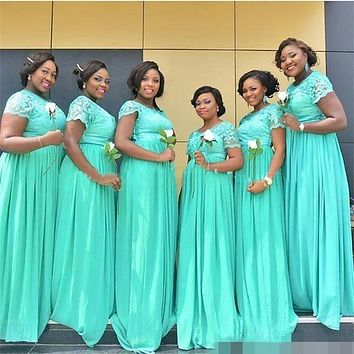 2017 South African Mint Green Long Bridesmaid Dresses Dubai Sheer Crew Neck Short Sleeves Cheap Plus Size Maid of Honor Dresses