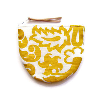 Mini zipper pouch/ small credit card holder/ gift card/ round bottom coin purse / mini wallet/ zipper organizer/ yellow abstract floral