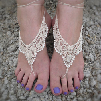 Crochet ivory barefoot sandals, lace barefoot sandals, foot jewelry, wedding shoes, nude shoes, lace shoes