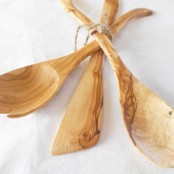 Engraved Olive Wood Utensils Set 12 inch / Consists of 1 Spatula, 1 curved spoon