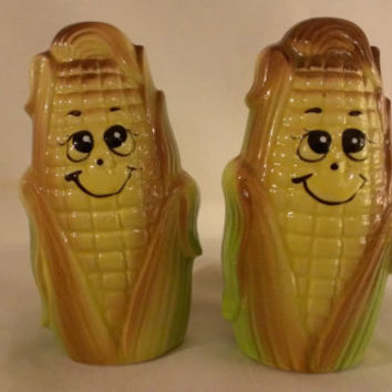 Corn on Cob Animated  Salt and Pepper Shakers (768)