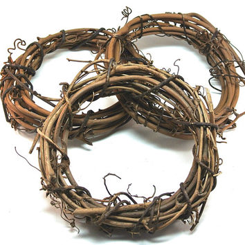 "3 Grapevine Wreaths- 6"" Wide Grapevine Wreath, DIY, Rustic Wedding Decor, Natural Decoration"