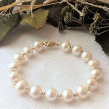 Designer 14K Gold Beads & South Sea Pearl Bracelet 7 ½ Inch