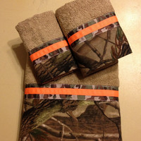 Realtree Camo and Neon Orange Bath Towel Set