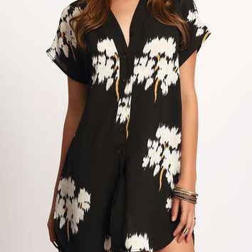 V-neck Floral Print Dolphin Hem Dress