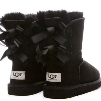 UGG:: bow leather boots boots in tube Black