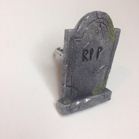 Cementry tombstone ring