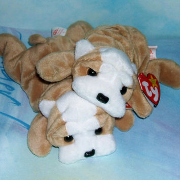 Ty Beanie Babies 'Wrinkles' Retired Vintage Collectibles (List Price is for One Wrinkles Beanie Babies Pup)