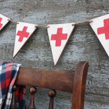FREE SHIP Wood Red Cross Banner Nurse Doctor Ski Patrol Swiss Flag Pennant Tags Signs