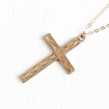 Vintage Cross Necklace - 1940s Mid Century 12k Rosy Yellow Gold Filled Etched Charm - Crucifix Religious Faith Pendant Floral Flower Jewelry