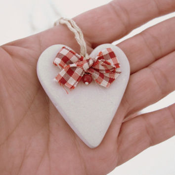 Heart Christmas ornament, gift tag, red gingham ribbon, rustic shabby chic, beige, love, holidays home decor, Christmas tree decor, set of 5
