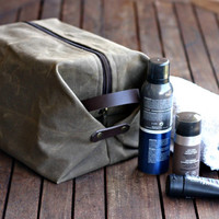 Canvas Toiletry bag - Cosmetic bag - Waxed Canvas bag - dopp kit - canvas dopp - canvas pouch - waxed cotton leather dopp kit - man's bag