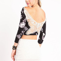 CROCHET BACK FLORAL CROP TOP