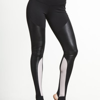 Tendu Grip Performance Stirrup by SPLITS59 - BOTTOMS & LEGGING
