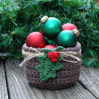 Primitive Christmas Decorations - Holiday Decor - Christmas Table Centerpiece - Hostess Gift - Unique Christmas Gift Ideas - Christmas Holly