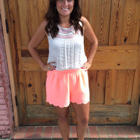 Summer in the city shorts  - Neon Peach