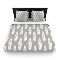 """Amanda Lane """"Feathers Gray Cream"""" Grey Pattern King Woven Duvet Cover - Outlet Item"""
