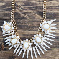 Antique Jeweled Statement Necklace {Cream}