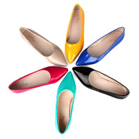 Glossy Pointed Flat Shoes