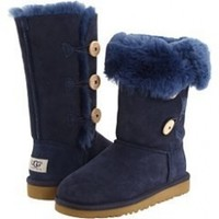 UGG Bailey Button Triplet Boot Youth:Amazon:Shoes