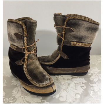 Women's boots, Fur boots, Indian boots, Size medium boots, Womens moccasins boots, Fur moccasins, Womens leather boots
