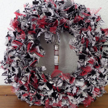 "8"" ""Van Helsing's Halloween"" Mini Rag Wreath"
