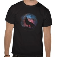 Wolf Howling in Galaxy T-shirts