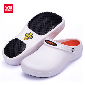 WeiDeng Professional Non Slip Chef Flat Slippers Kitchen Cook Shoes Dotors Working Sandal Oil Water Antiskid Safety Men Slides