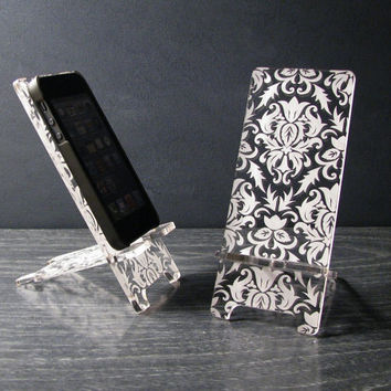 Phone Stand and Docking Station for iPhone 5, iPhone 4 and 4S - Victorian Damask Pattern