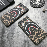 BAPE SHARK Tide brand 6plus Personality Creative Camouflage iphone6s Scrub Half Hardcover Green