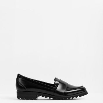 Report Footwear Jerrie Slip On Loafer