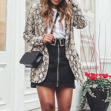 8DESS Snake print blazer women Long sleeve office ladies jacket coat female Sexy fashion streetwear