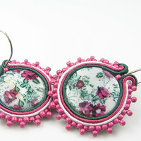 Pink, green round soutache earings with mother of pearl - Floral soutache earrings