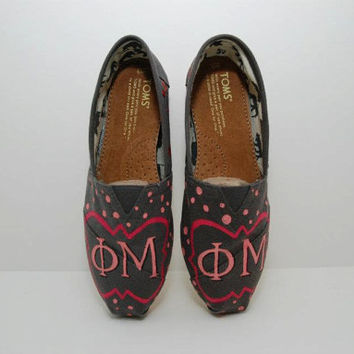 Custom Sorority TOMS by KellismCo on Etsy