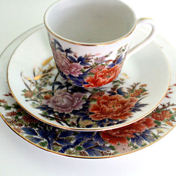 SALE! Fantastic Porcelain Tea set, Japanese, Chinese Floral Pattern, Blue Red Flowers, Shabby Chic Tea Set