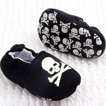 Infant Baby Girl or Boy Skull Pirate Printed Soft Bottom Cotton Shoes