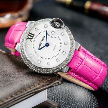 Cartier New fashion letter diamond round edge couple metal watch Rose red