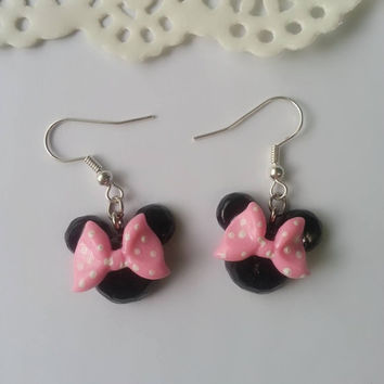 Pink Inspired Minnie Mouse Earrings - Polymer clay Charm, Disney Earrings, Stud Earrings, Polymer Clay Earrings, Disney Charm